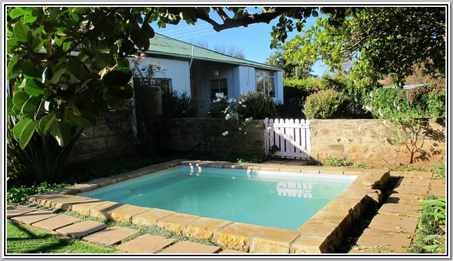 Fouriesburg Wisteria Lane Guest House Pool